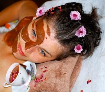 aromatherapy facial pic